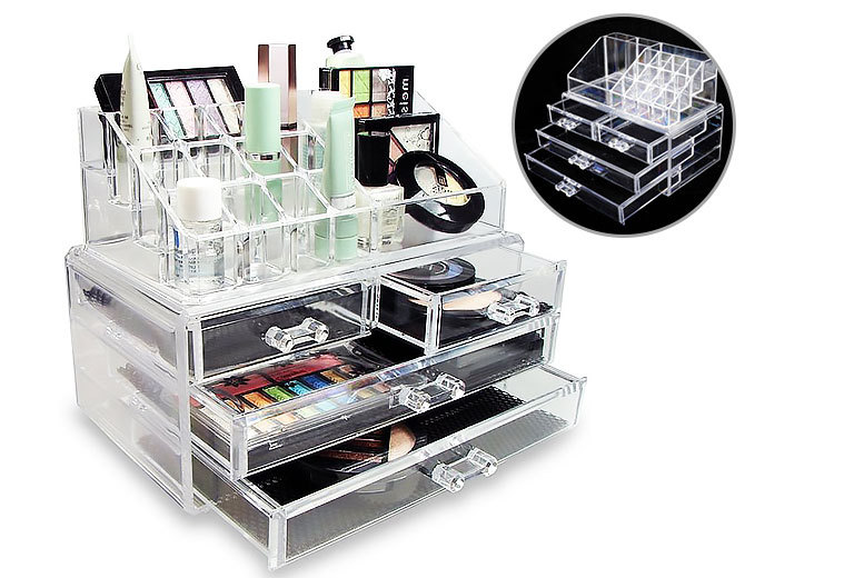 £15 instead of £37.99 for a clear acrylic makeup and jewellery organiser - save 61%