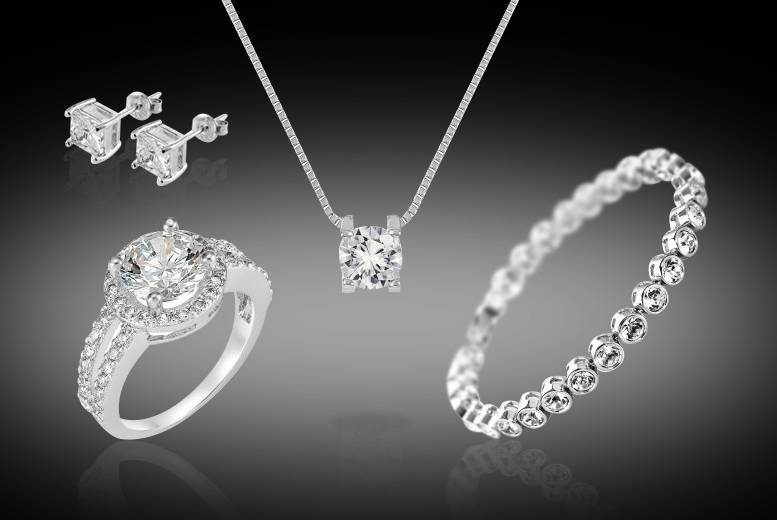 4pcs Clear Crystal Jewellery Set for £19.99