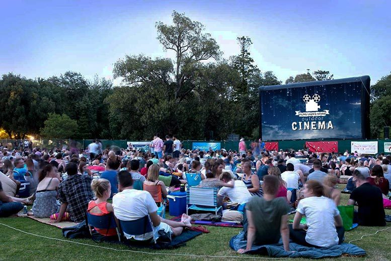 £16 instead of £22 for two tickets to an outdoor cinema experience with Films Under Stars - choose from two movies and two locations and save 27%