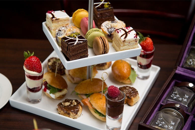 £13 instead of £29 for a sparkling English afternoon tea for one person, £25 for two people, £48 for four people at Hilton Bath City - indulge and save up to 55%