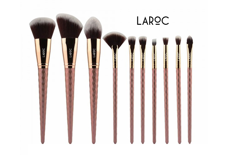 10 Diamond Design Makeup Brushes for £6.97