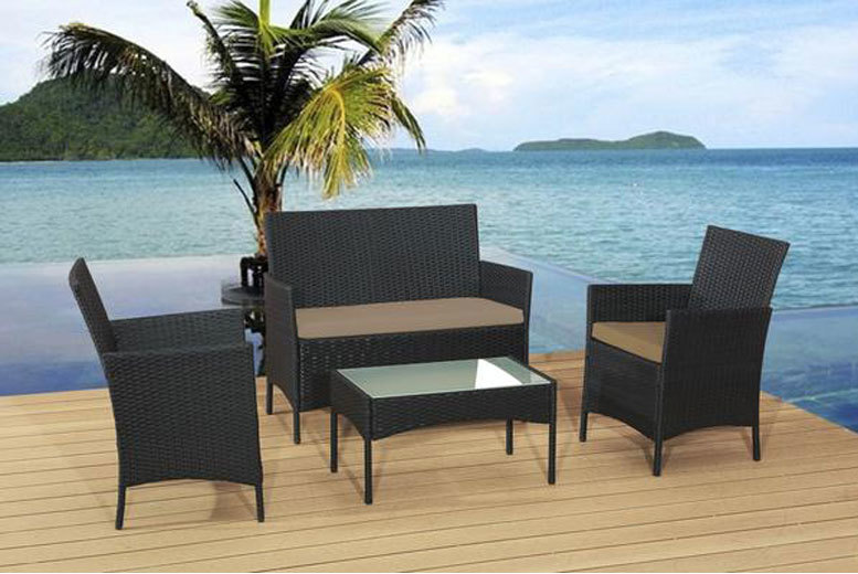 £89 instead of £470 (from Alexander Morgan) for a four-piece rattan garden sofa set - choose from four colour combinations and save 81%