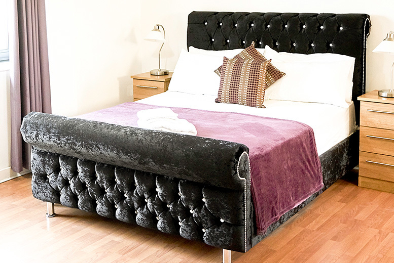 Chesterfield Crushed Velvet Bed - 7 Colours & Mattress Option!