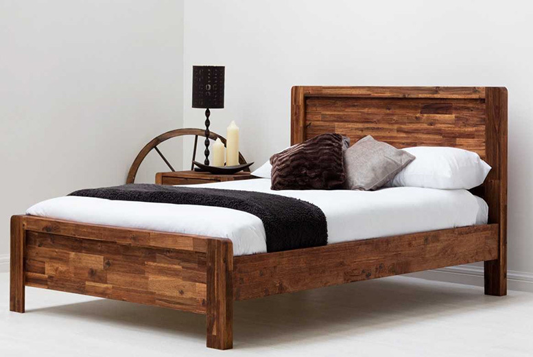 Wooden Chester Bed – 2 Colours & Sizes!