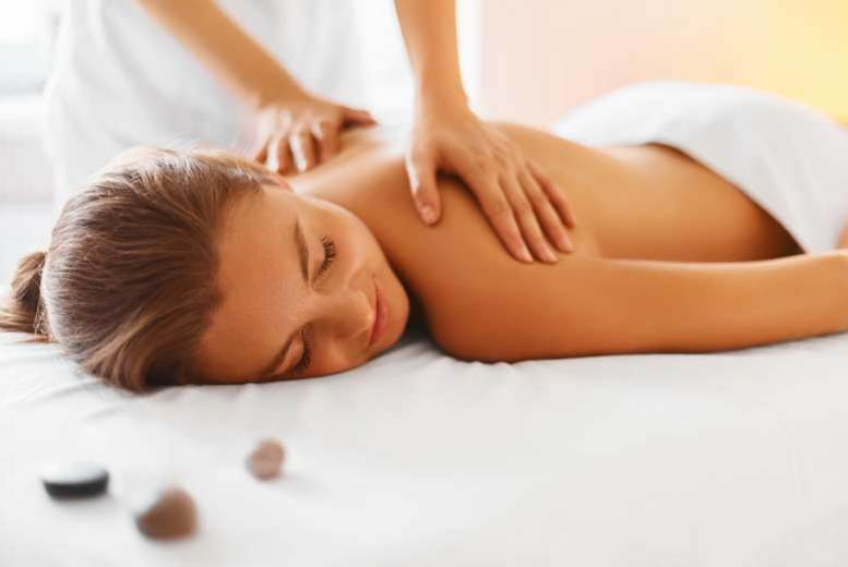 Glasgow: 90min Pick 'n' Mix Pamper Package – Massage & Facial Options! for £19