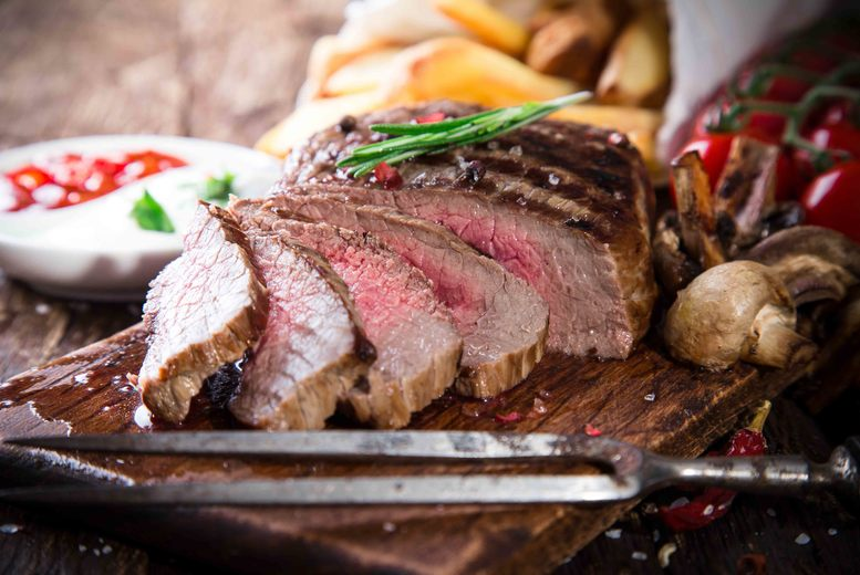 £29 for a three-course steak dinner for two with a bottle of Prosecco to share, £57 for four people at Salvatore's Ristorante, Southport - save up to 63%