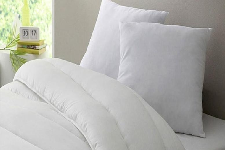 13.5 Tog Duvet & 2 Pillows - 4 Sizes