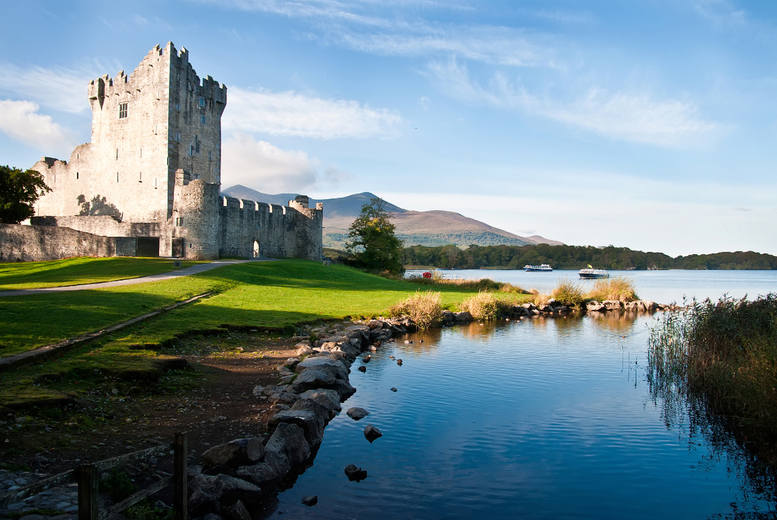 Killarney Stay & Breakfast for 2 – 3 Course Dining & Wine Option! from £99