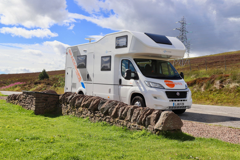Edinburgh: 3 or 7nt Campervan or Motorhome Hire – Unlimited Mileage! from £139