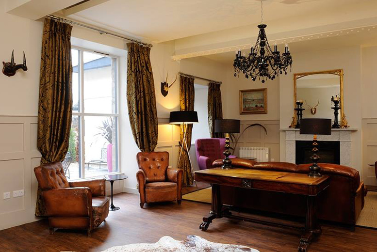 Boutique Edinburgh Stay, Breakfast, Afternoon Tea & Prosecco for 2