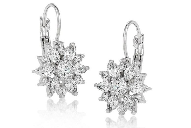 Floral Daisy Clear Crystal Earrings