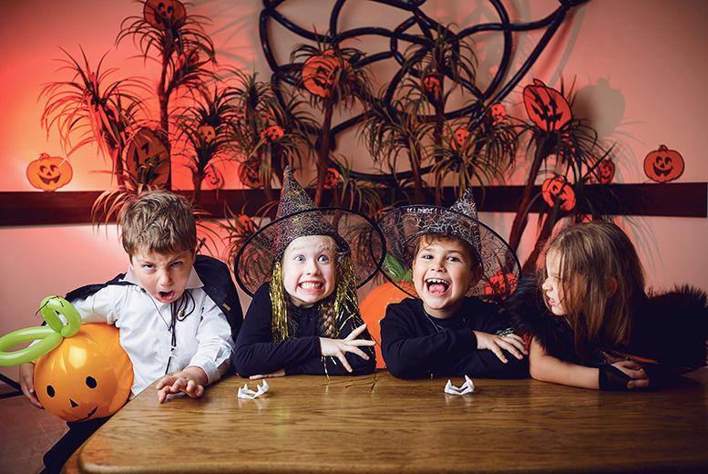 Kids Halloween Spooktacular Disco @ Planet Café - Face Painting & More!