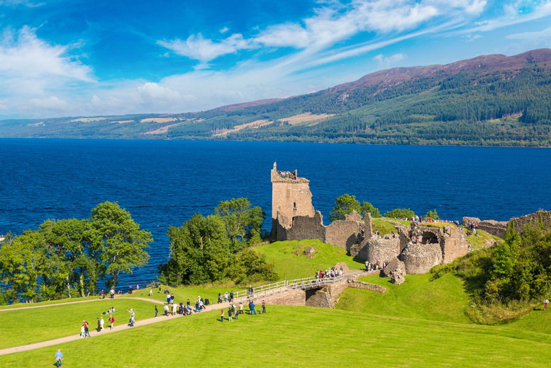 Loch Ness Stay, 2-Course Dining & Breakfast for 2