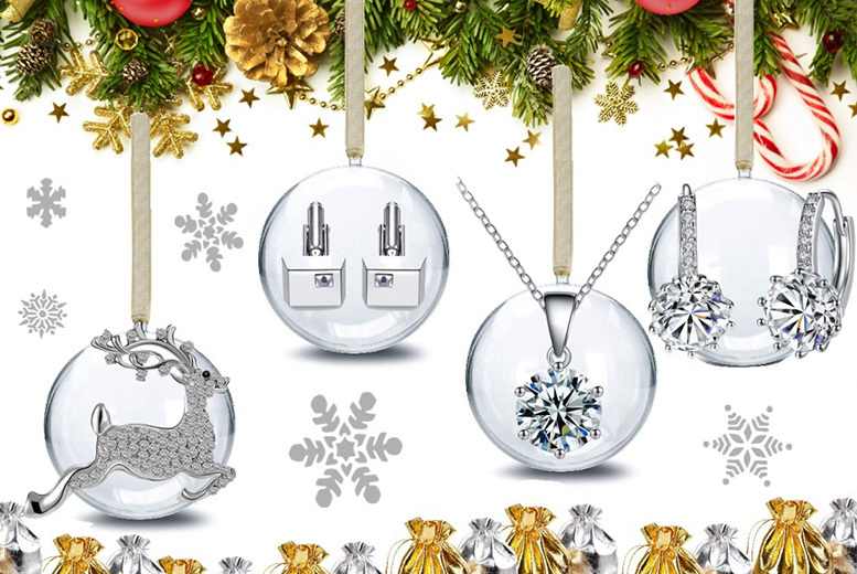 4pc Luxury Xmas Bauble Set Made with Crystals From Swarowski®