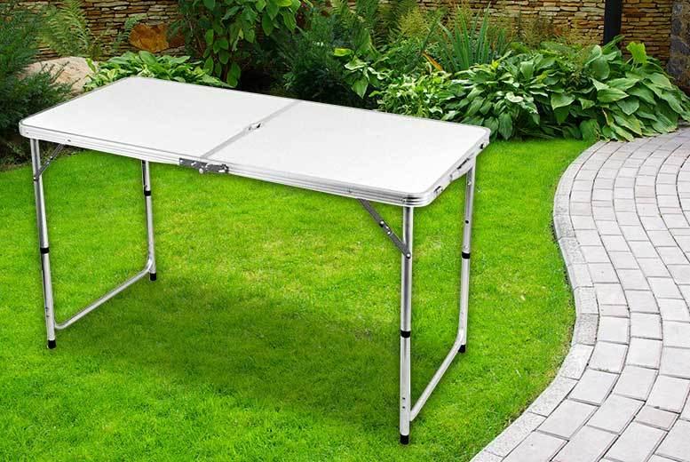4ft Folding Family Picnic Table