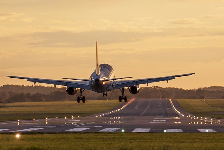 £24 for 8 days of secure airport parking, £39 for 15 days, or £69 for 28 days with Drivefly - save up to 51%