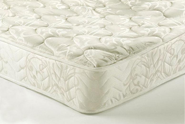 "Sleep Easy 8"" Memory Foam Spring Mattress - 6 Sizes!"