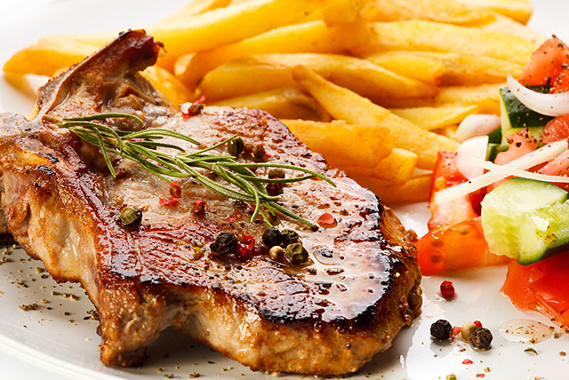 £21 instead of up to £43.80 for a 2-course meal for 2 inc. scallops & sirloin steak, £39.99 for 4 at 916 Diner, Glasgow - save up to 52%