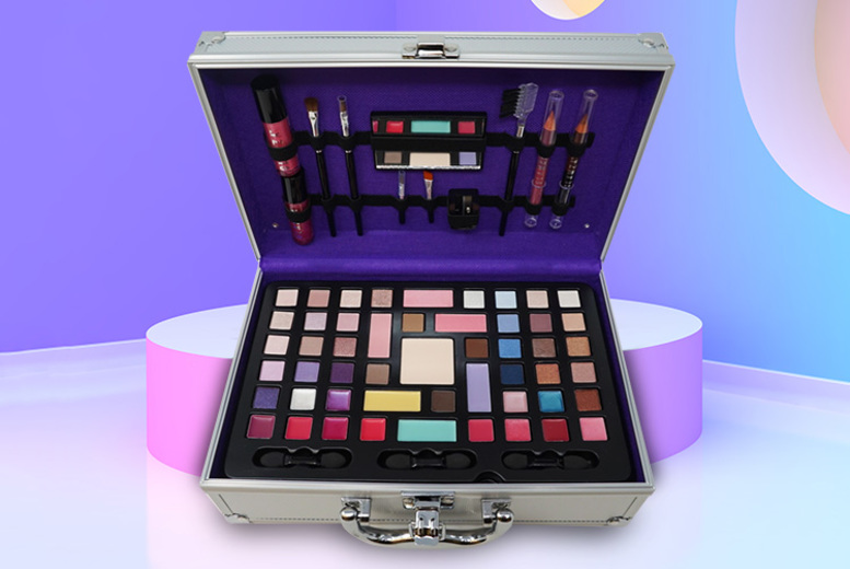 68pc Glamza Vanity Case for £16