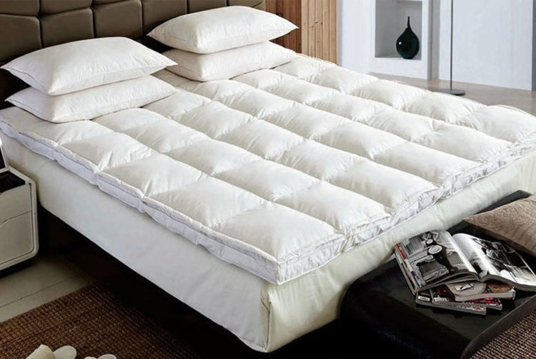 5cm Duck Feather & Down Mattress Topper – 5 Sizes! from £19.99