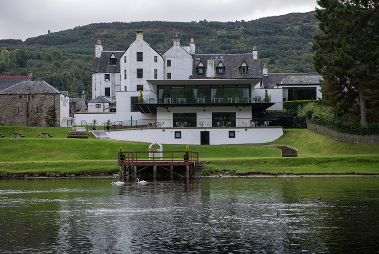 Edinburgh: 1-2nt Loch Tay Break for 2 @ Kenmore Hotel – Dining Options! from £59