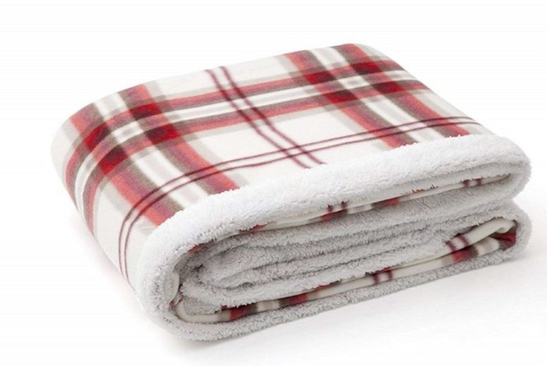 Home Kelso Sherpa Throw – 2 Colours! for £8.99