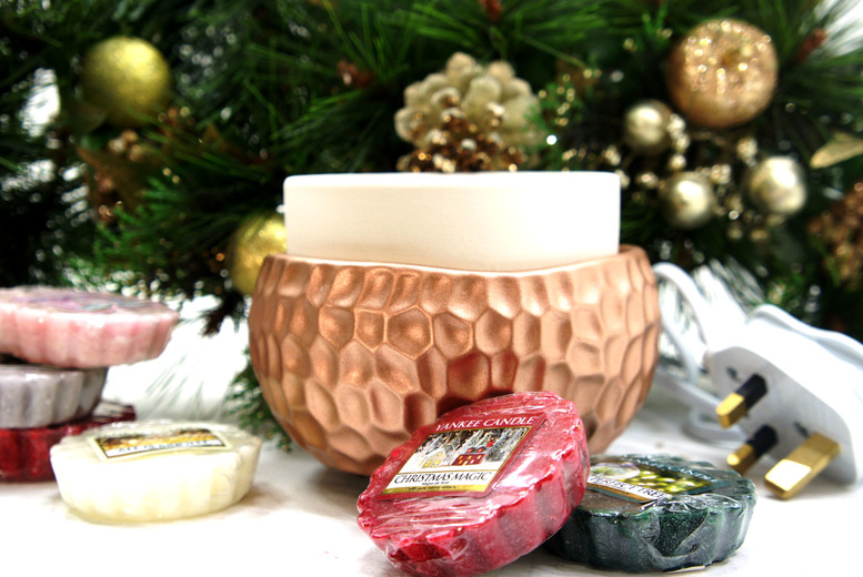 Yankee Candle Electric Melt Warmer & 6 Festive Tart Melts for £13.99