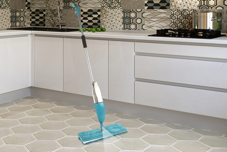 Double-Sided Water-Spraying Microfiber Floor Mop for £7.99